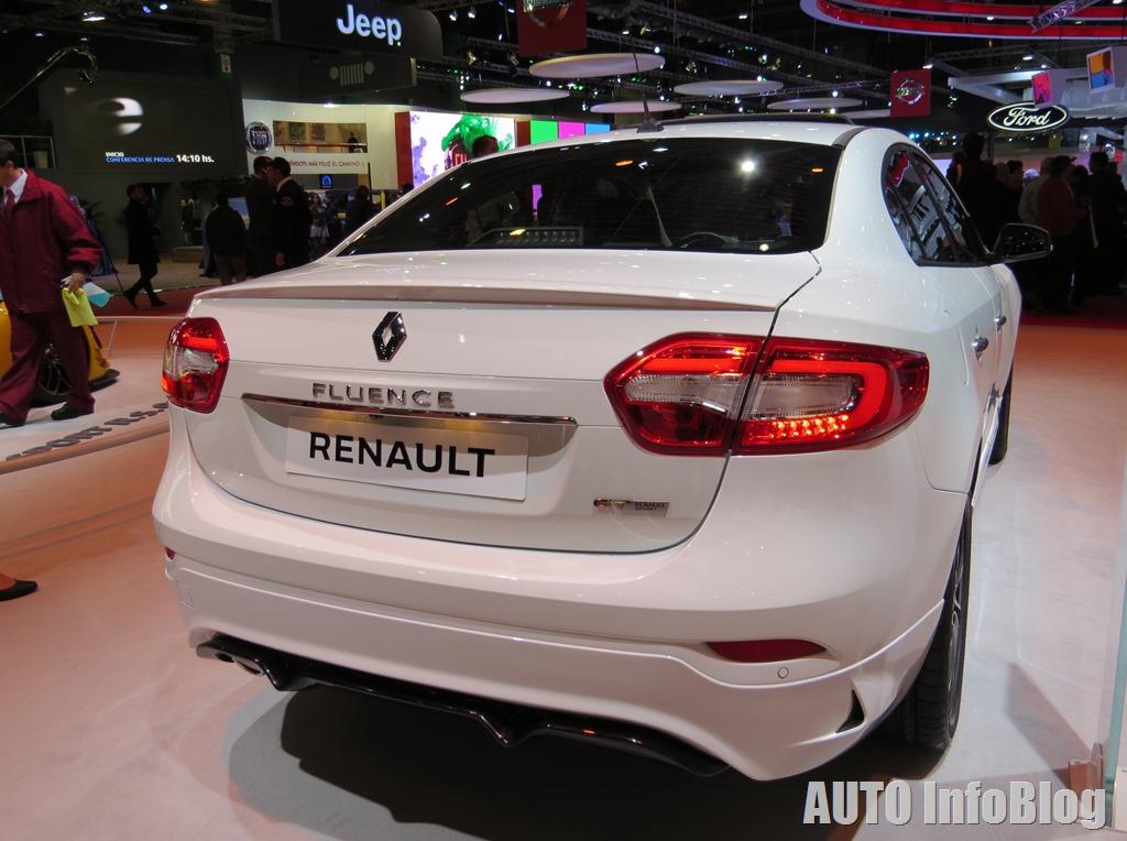 Salon BsAs 2015-Renault (34)