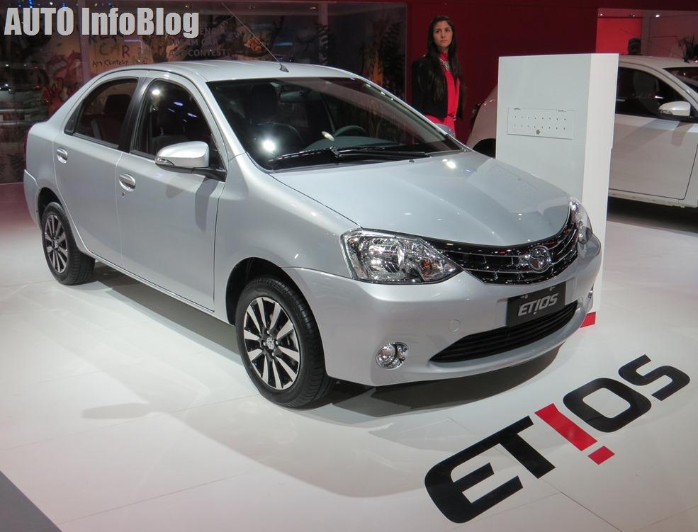 Salon BsAs 2015-Toyota (11)