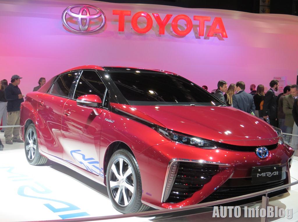 Salon BsAs 2015-Toyota (2)