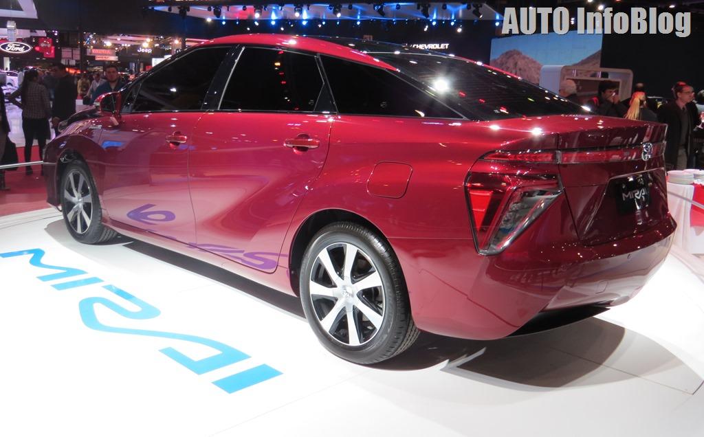 Salon BsAs 2015-Toyota (5)